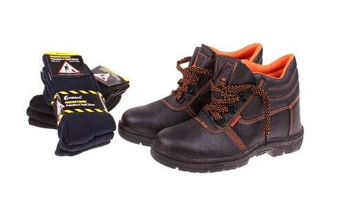 obrázok Pracovná obuv s 6 páry ponožiek