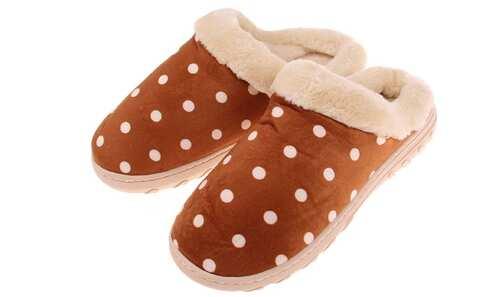 obrázek Pantofle zateplené s gumovou podrážkou – puntík