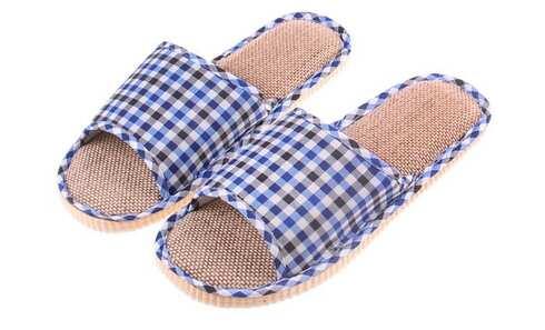 obrázek Pantofle s otevřenou špičkou kostkované