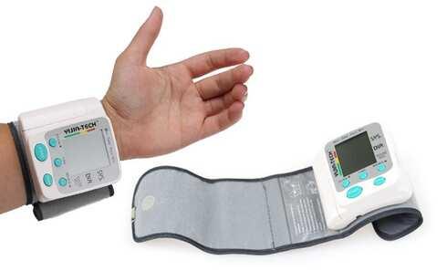 obrázek Digitální měřič krevního tlaku na zápěstí