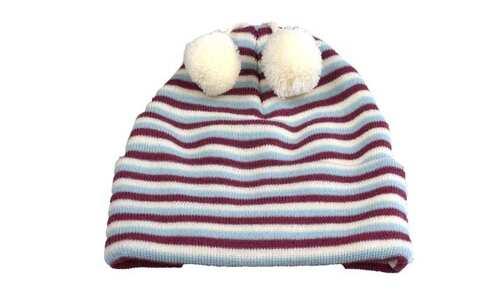 obrázek Čepice dětská zimní s bambulkami pruhovaná