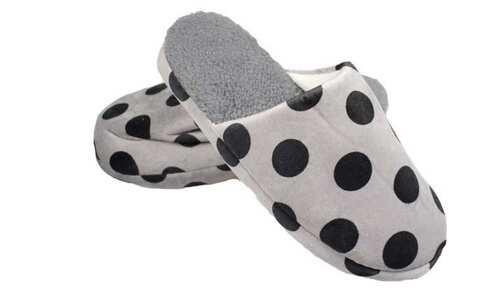 obrázek Pantofle zateplené šedé s puntíky vel.44/45