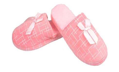 obrázek Pantofle zateplené růžové geometrický vzor vel.38/39