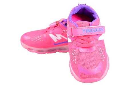 obrázek Dětské tenisky blikající růžovofialové vel.28