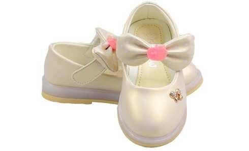 obrázek Dětské baleríny blikající smetanové s mašlí vel.27
