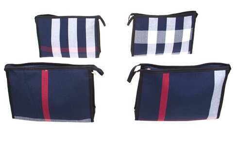 obrázek Kosmetická taška s geometrickým vzorem modrá