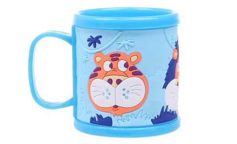 obrázek Hrnek dětský plastový (modrý se zvířátky)