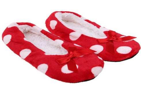 obrázek Papuče s puntíky červené