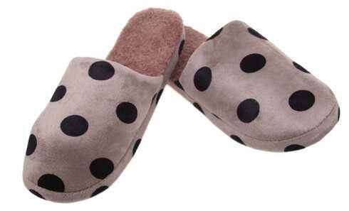 obrázek Pantofle zateplené hnědé s puntíky vel.44/45