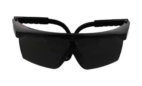 obrázek Plastové sluneční brýle č.2 - černé